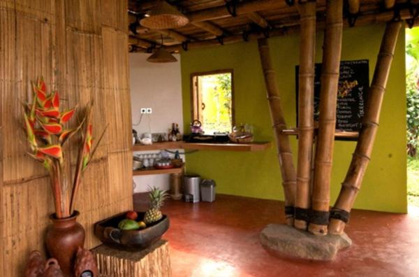 Desain Interior Rumah Bambu