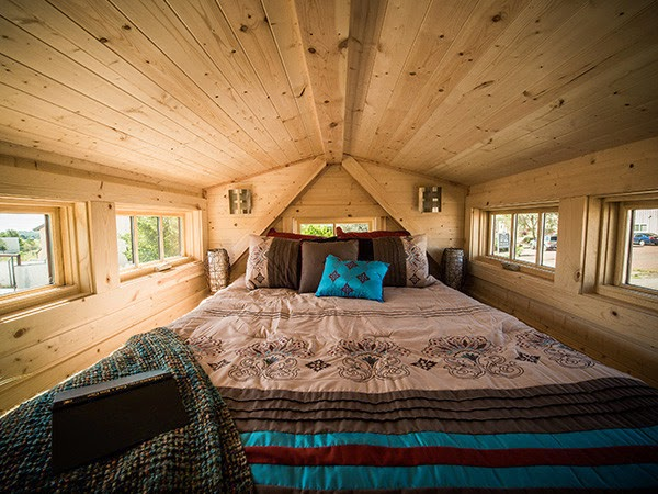 Dormer Loft Cottage By Molecule Tiny Homes: Sell Your Crap, Pay Off Your Debt, And Do What You Love
