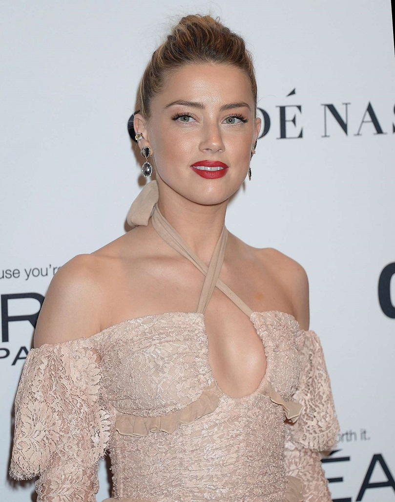Amber Heard – 2016 Glamour Women Of The Year in Los Angeles