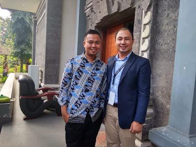 Bersama kenalan guru Sains dari Indonesia