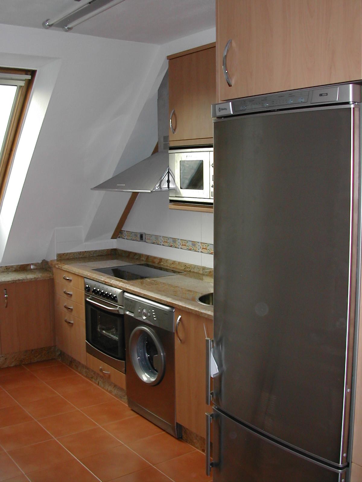 Indicoc muebles de cocina: Cocina C/ Lopez Del Vallado (Oviedo)