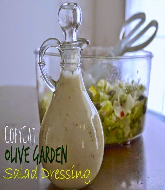 It's A Mom's World: Copycat Olive Garden Salad Dressing