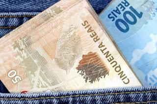 http://vnoticia.com.br/noticia/2933-estado-deposita-salarios-integrais-de-junho-a-todos-os-servidores-nesta-sexta-feira-13-7