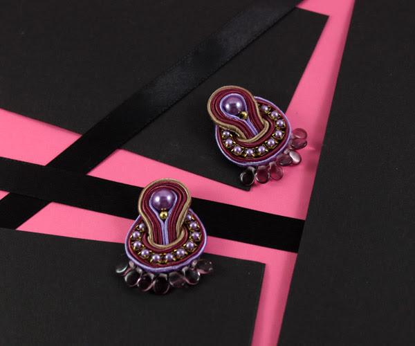 small earrings, small soutache, round soutache earrings, violet, pearls, elegant, handmade jewelry, handmade jewellery,
