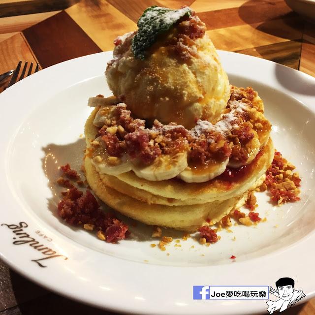 IMG 0325 - 【台中甜點】jamling Cafe 台中 - 來自東京鬆鬆軟軟入口即化的鬆餅 貓王鬆餅 吃起來有花生的甜 培根的鹹 ~一整個超級特別!!