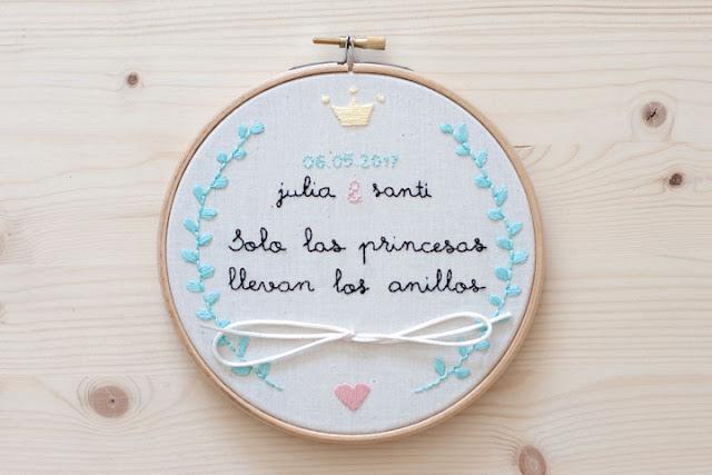 bastidor porta alianzas boda princesas