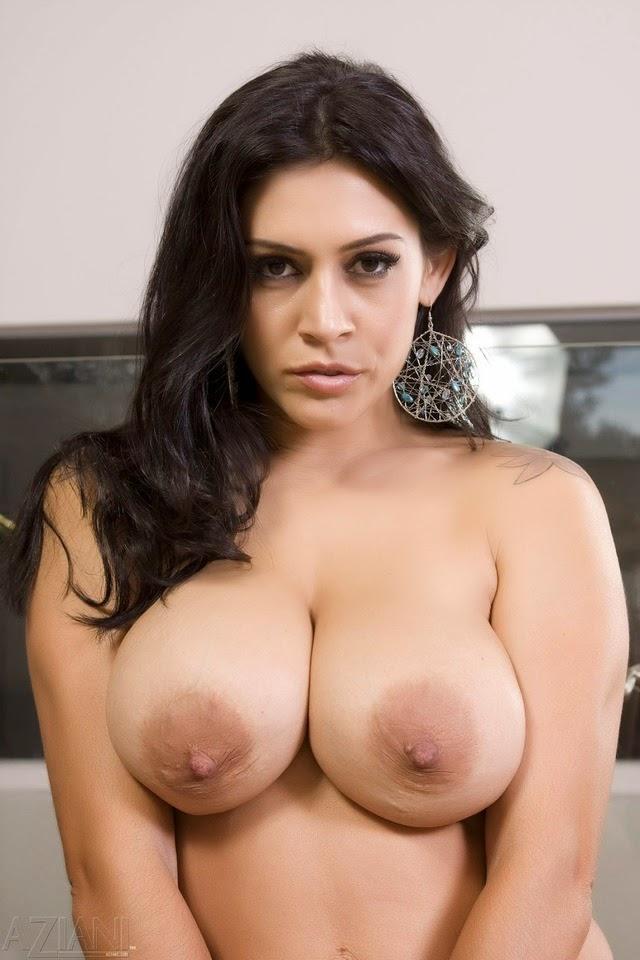 Raylene Nude Pics