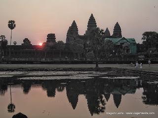 Relato de viagem à Siem Reap, interior do Camboja e Angkor Wat, uma maravilha da antiguidade: uma das maiores cidades do mundo da Idade Média ocidental.