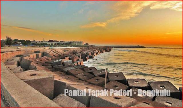Foto Pantai Tapak Paderi Bengkulu