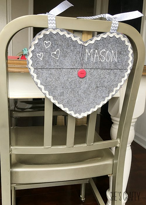 How to Decorate your Table using personalized felt pocket hearts for kids chairs for Valentine's Day