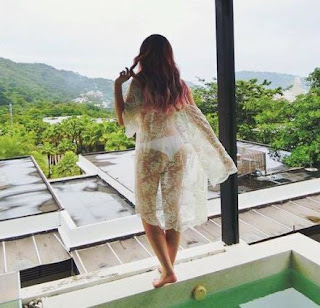 Hot girl Mie Nguyễn bikini - Mie nguyễn và jvevermind chia tay