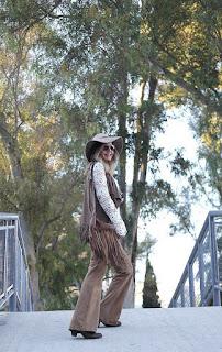 Boho / hippie de los 70: pantalón campana, ante y muchos flecos!!