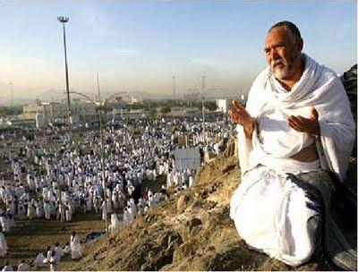 Perbedaan Ibadah Haji & Umroh Disini Lengkap !