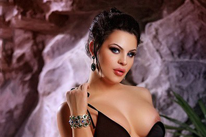 Cheap American Escort In Dubai