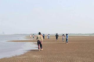 Pantai kejawanan kota cirebon