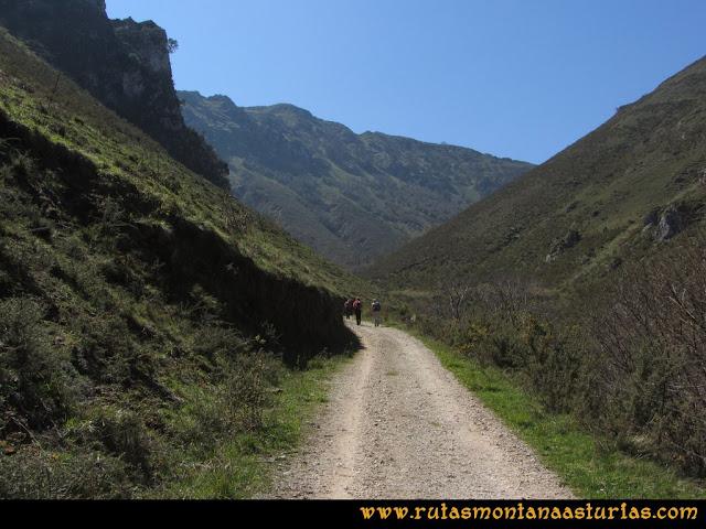 Ruta Ardisana, pico Hibeo: Camino al Hibeo
