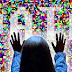 Exfiltración de datos codificando datos en valores de color de píxeles