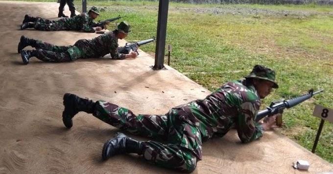 1030 Personil Kodim 0506/Tgr Latihan Menembak