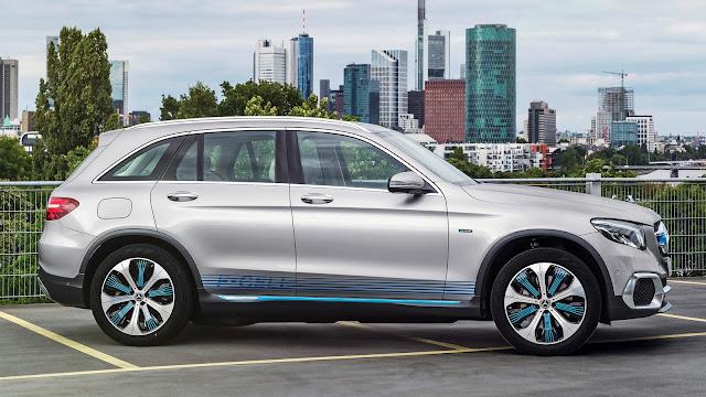2017 Mercedes-Benz GLCF-Cell - #Mercedes #GLC #suv #newcar #concept