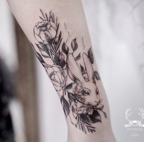 20+ Amazing Hand Rabbit Tattoo Ideas To Try