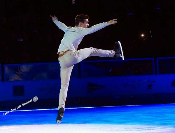 Javier Fernández dice adiós al patinaje competitivo con medalla de oro