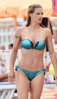Michelle-Hunziker-in-Green-Bikini-660+%7E+SexyCelebs.in+Exclusive.jpg