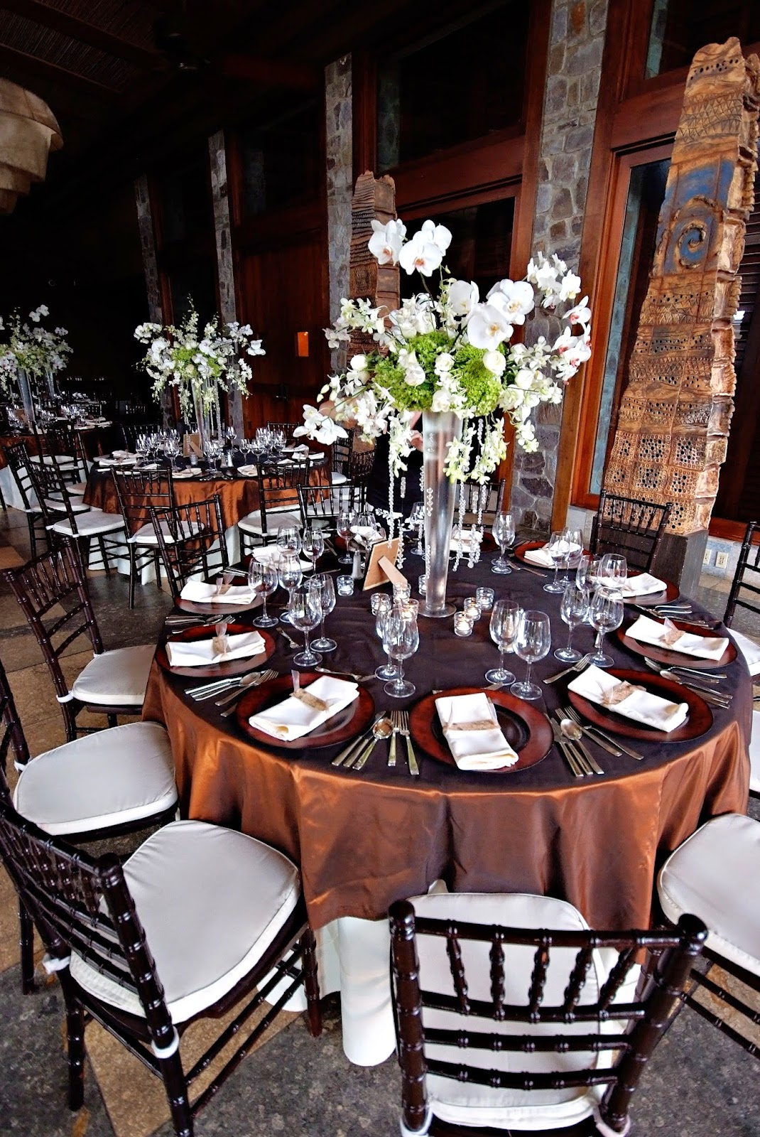 Brown and White Wedding Theme - To Remember a Timeless Moment in Elegance