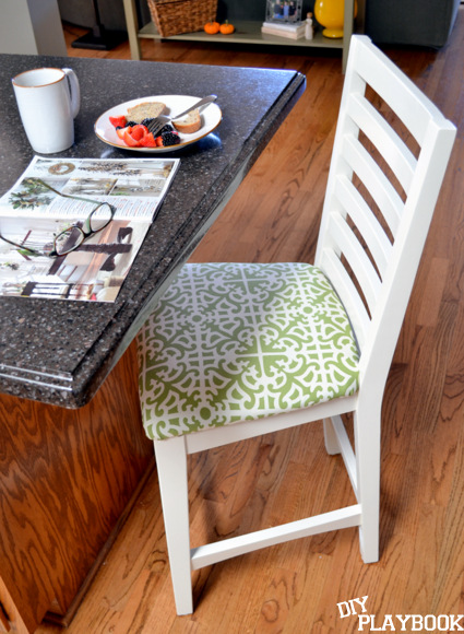 How to upholster stools with new fabric
