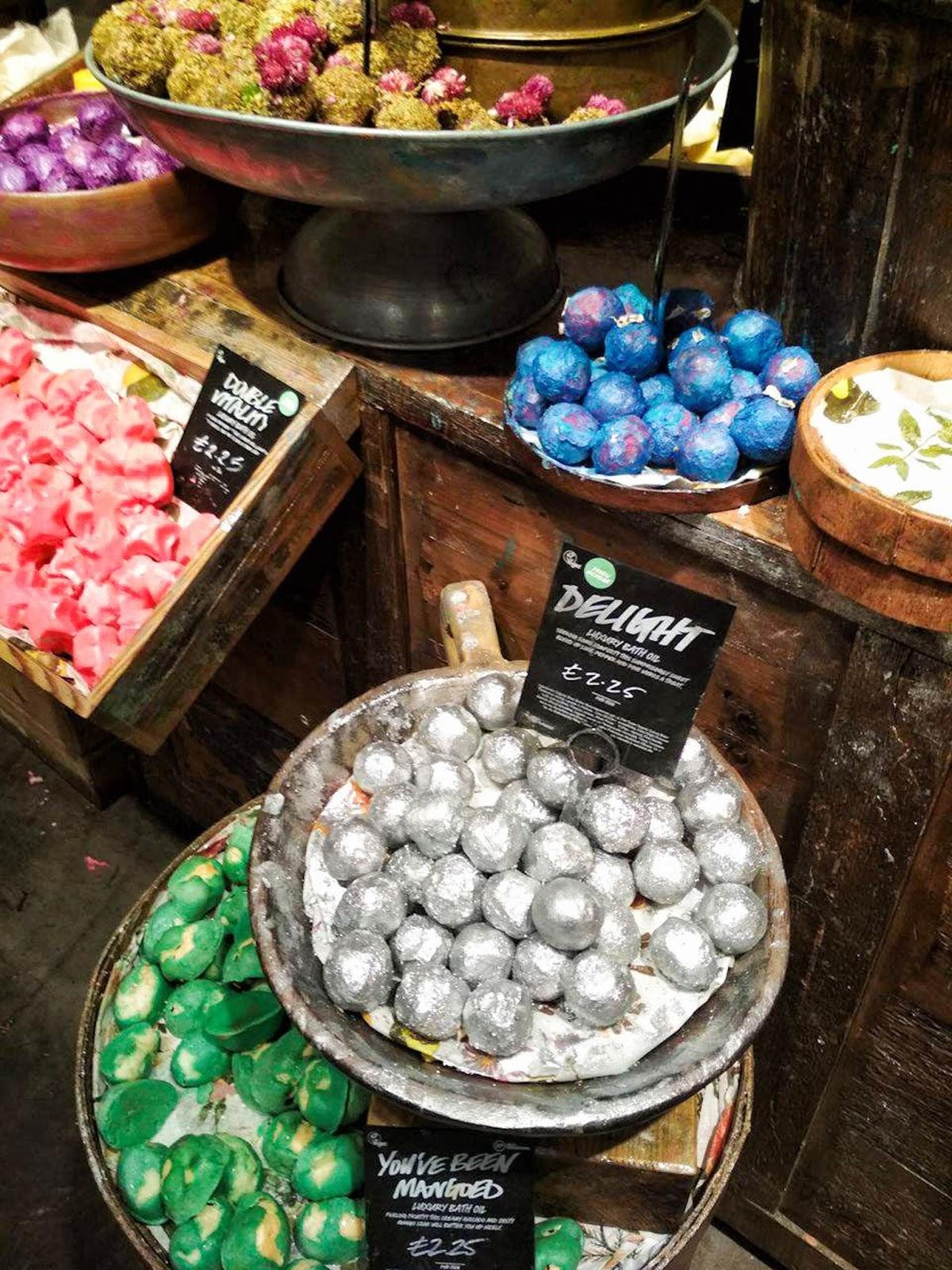 sklep Lush, sklep Lush w Londynie, Lush recenzja, Lush kule do kąpieli, gdzie kupić Lush