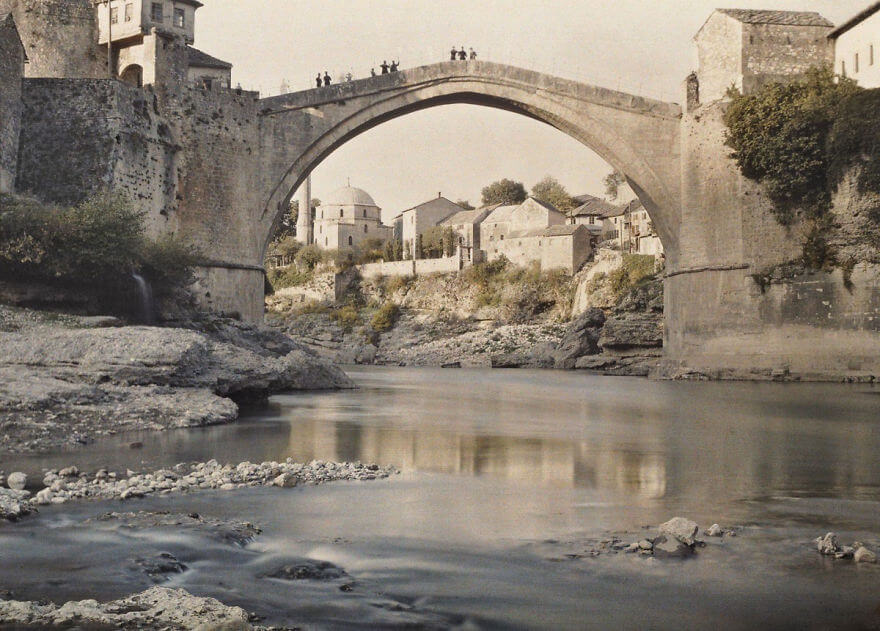 40 Old Color Pictures Show Our World A Century Ago - Bosnia-Herzegovina, Mostar, 1913