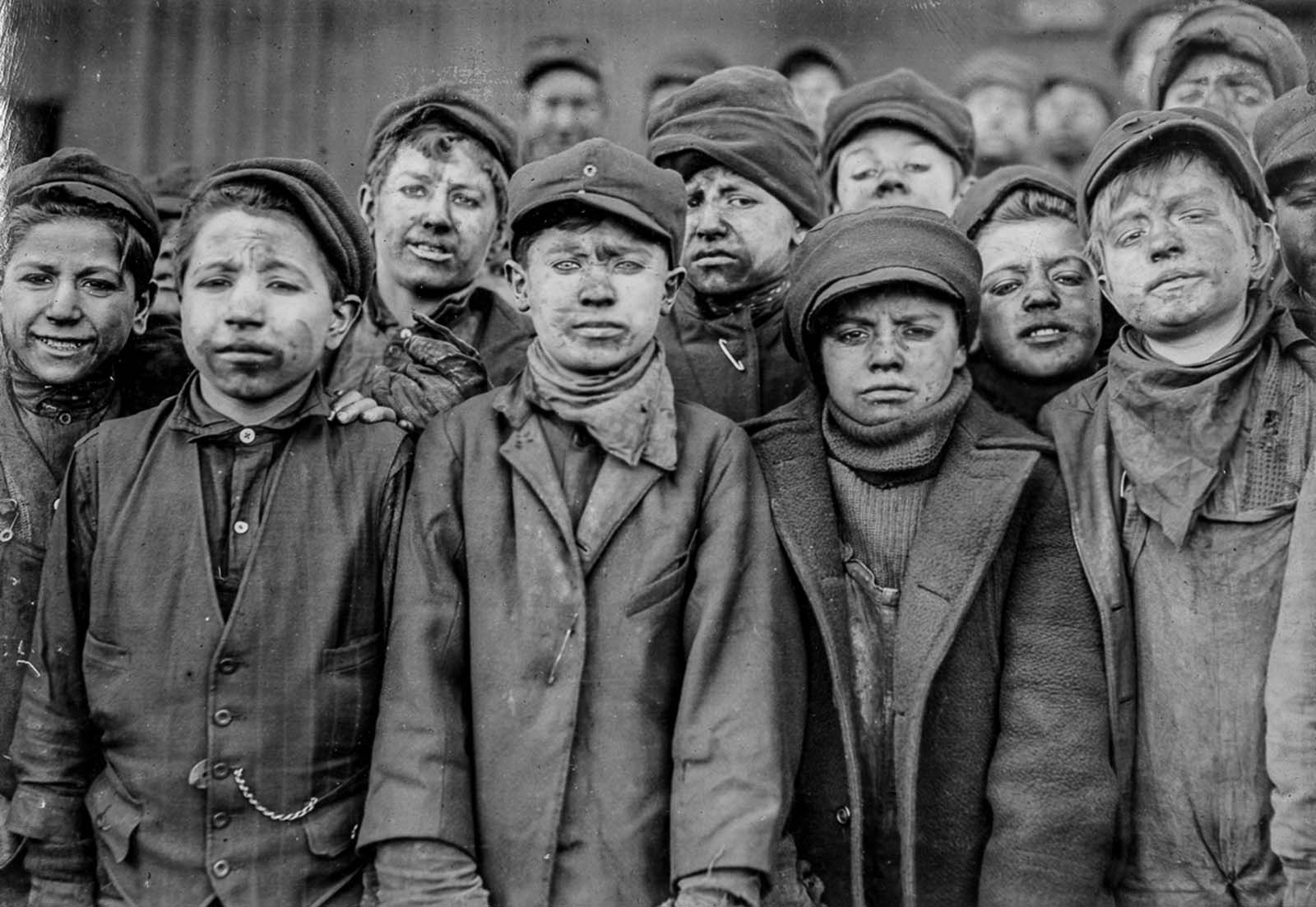 Breaker boys employed by the Pennsylvania Coal Company. 1911.