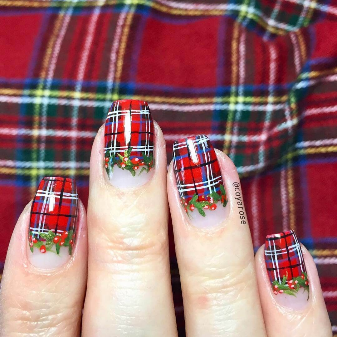 01-Tartan-Patterns-Nicoya-Grobman-Free-Hand-Nail-Art-Designs-www-designstack-co