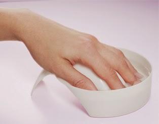 Pierwszy krok w francuskim manicure