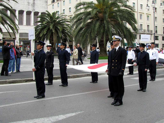 Japanese delegation, Foreign Navies ceremony, Livorno