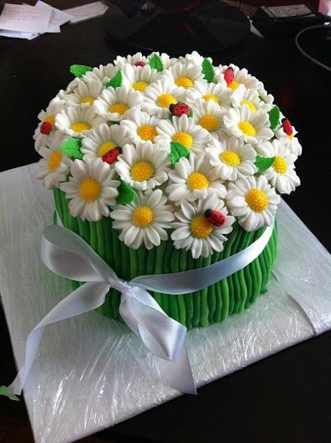 bánh sinh nhật hình hoa nở đẹp