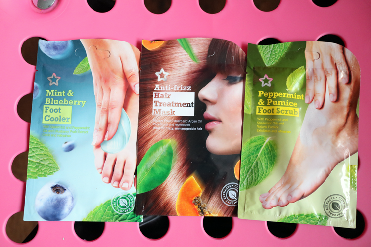 New Superdrug 99p Sachets - Mint & Blueberry Foot Cooler, Anti-Frizz Hair Treatment Mask & Peppermint & Pumice Foot Scrub review