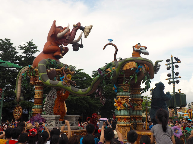 Jungle Book float in the Flights of Fantasy parade | Disneyland Hong Kong