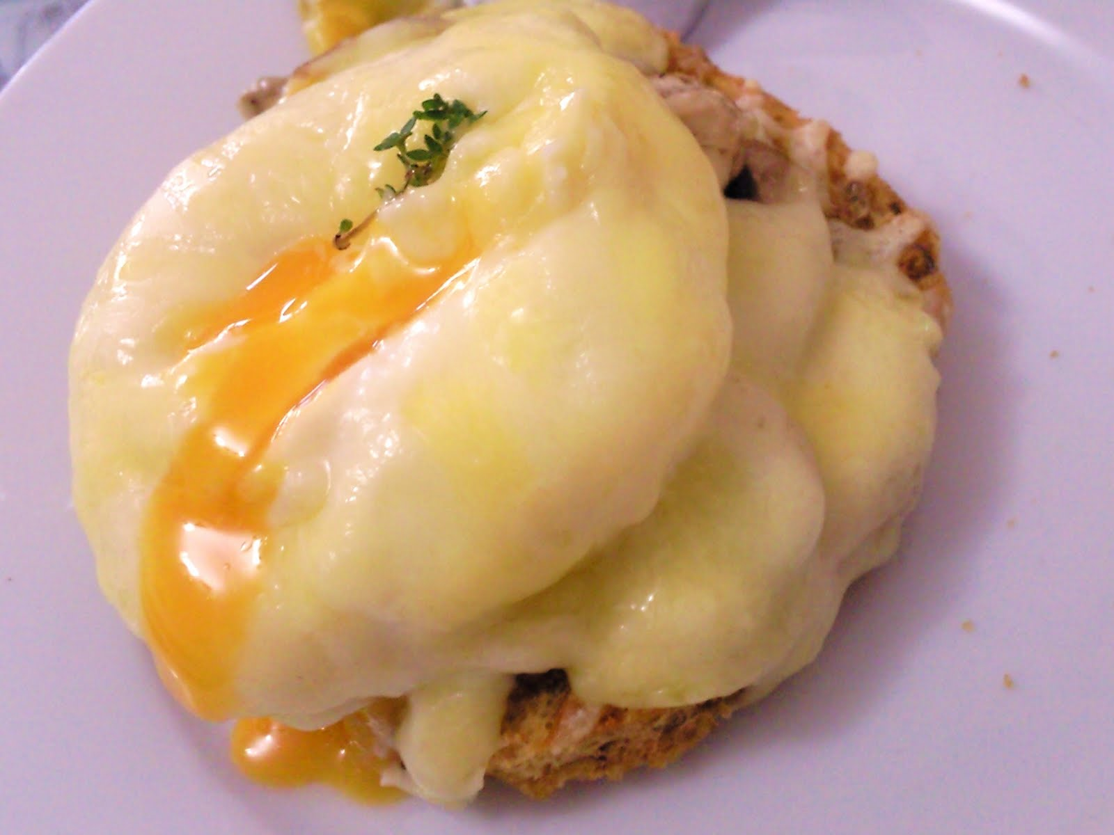 Canape Julia But Poached Eggs On A Canapé With A Cheesy Béchamel Sauce The