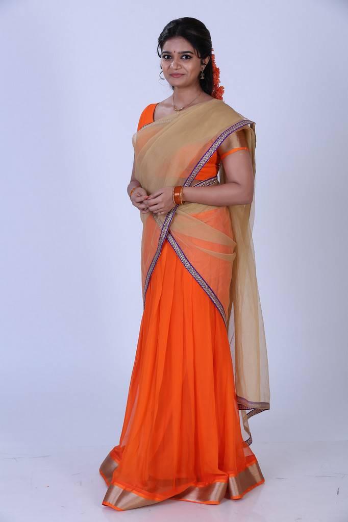 Tollywood Actress Swathi Reddy In Orange Half Saree