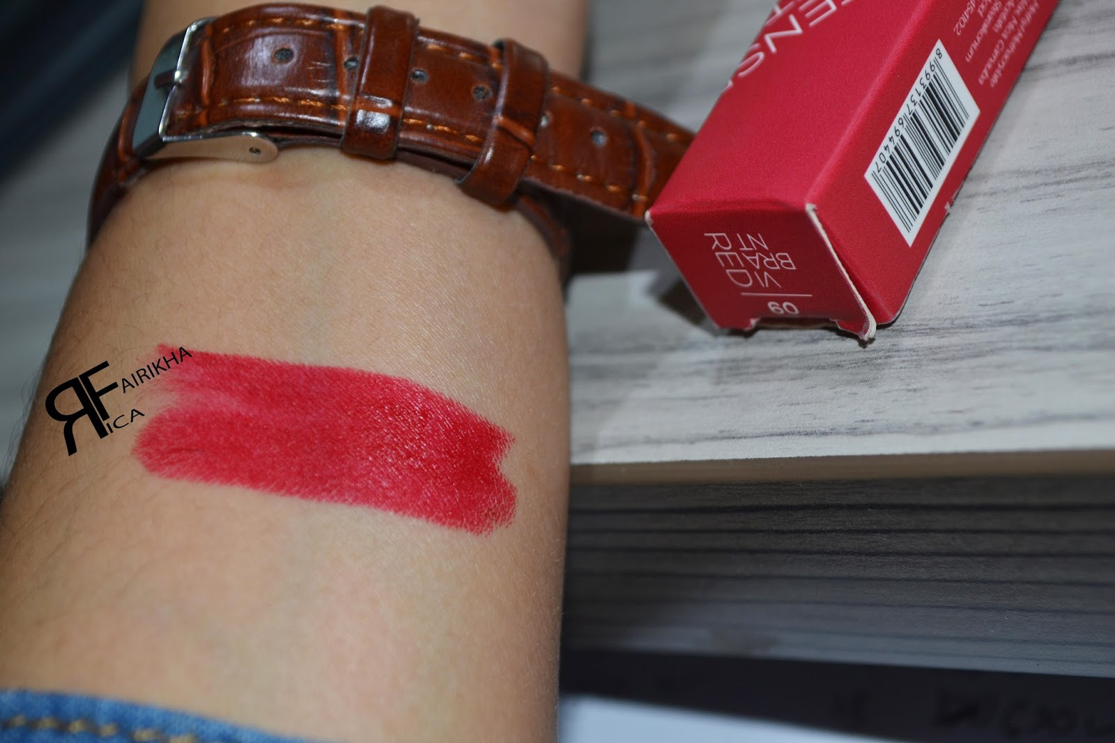 "[ Review ] Wardah : Intense Matte Lipstick 09 ""Vibrant Red"