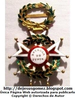 Foto a la medalla de la Batalla de Junín del Museo de Arte de Lima por Jesus Gómez