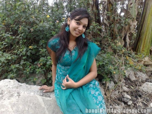 BD Wallpapers...: Sadia Jahan Prova Looking Very Hot In