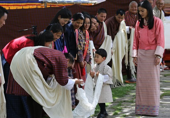 Queen Jetsun Pema of Bhutan celebrates her 28th birthday. National Veterinary Hospital presented the Tashi Khadar (traditional white silken scarf)