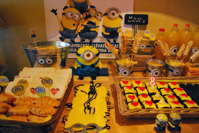 http://sosunnyblog.blogspot.com.es/2013/12/gru-mi-minion-fiesta-favorita.html