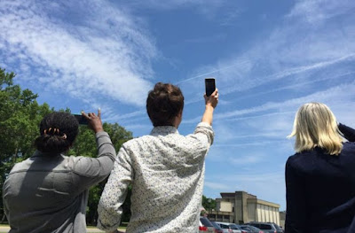 NASA Minta Warga Kirim Foto Awan, Ada Apa?