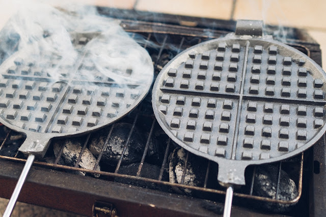 Gear of the Week #GOTW KW 07  ROME Chuckwagon Waffeleisen  Cast-Iron Waffle-Iron  Outdoor-Waffeleisen 05
