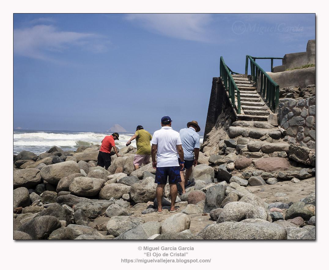 Playa de Los Pulpos, Lurín (Lima).- El asalto a playa Arica.