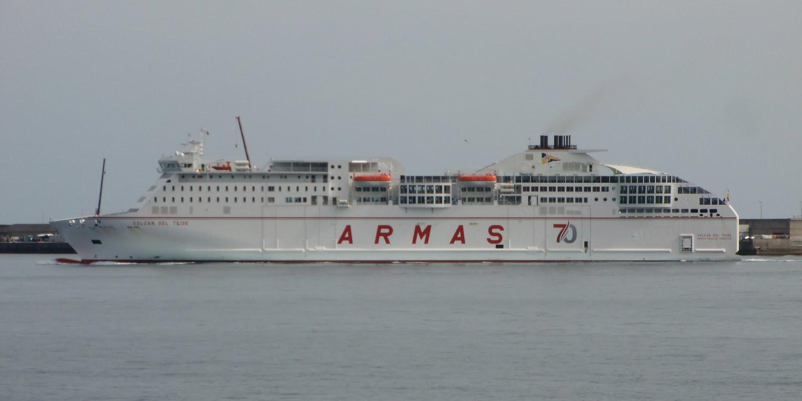 Islas canarias armas estrena la nueva linea canarias huelva for Horario oficina naviera armas las palmas