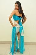 Shreya Vyas latest sizzling pics-thumbnail-5
