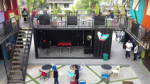 Uniknya Urbanistbox Cafe Yang Instagenic Di Makassar